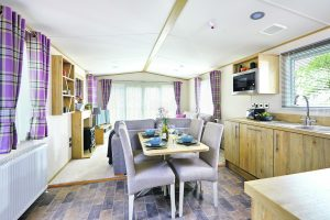 Holiday Home Beverley dining area